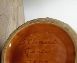 Ancien pichet signé St Clément France 7507