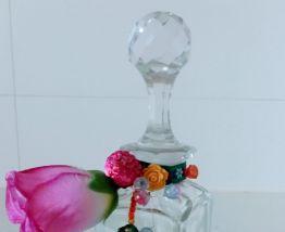 Carafe carrée en verre cristallin, bouchon dépoli boule