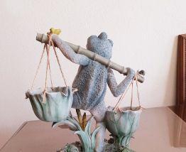 Grenouille et ses petits pour déco jardin ( ref K 31)
