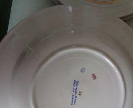 Assiettes plates en porcelaine Babel de St Amand de 1950