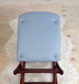Tabouret Teck et simili cuir bleu. Design scandinave. Vintage