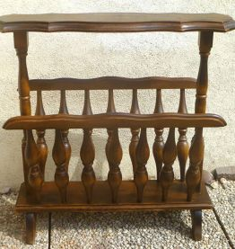 porte  revue en bois  avec tablette, vintage
