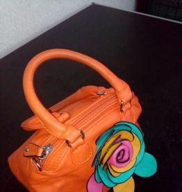 Joli petit sac en cuir synthétique