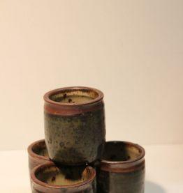 4 petits bols à apéritif en grès émaillé