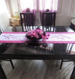 Table design Wave Laqué Noire et Parme