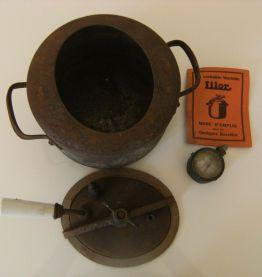 Ancienne cocotte LILOR (1936)