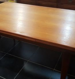 Grand table scandinave annee 60