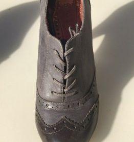 Chaussure type Derbies