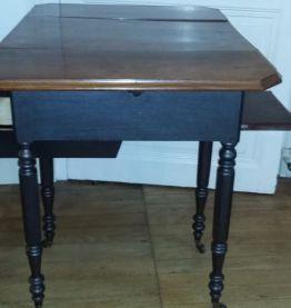 table couture à ouverture noir et marron larg72 h 74