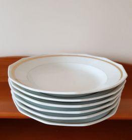 Assiettes creuses année 50 et plat assorti