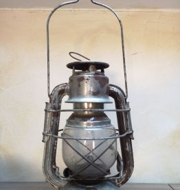 Ancienne lanterne tempête