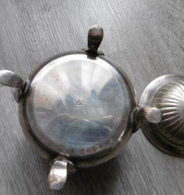 Ancien sucrier en métal argenté