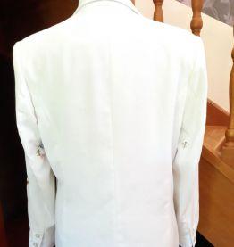 Superbe veste de demi-saison brodée taille 40 42 longueur ve