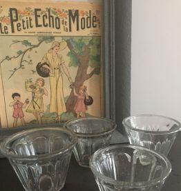 Pot ancien de confiture en verre bullé