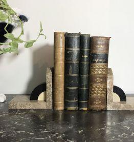 Paire de serres livres Art Déco en marbre