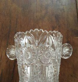 Sceau à glace glaçons en verre moulé.