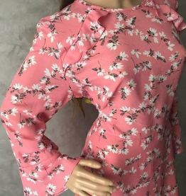 Robe rose fleurie