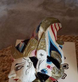 Ancienne Marionnette indonésienne sur tige