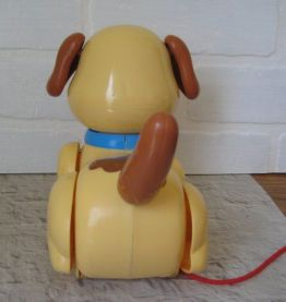 petit chien Fisher Price à tirer