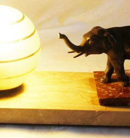 Lampe en marbre éléphant art deco