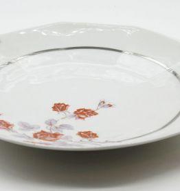 Plat en porcelaine roses