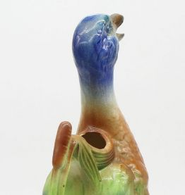 Carafe canard en barbotine