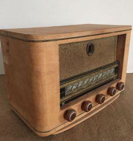 Ancien poste de radio pour déco