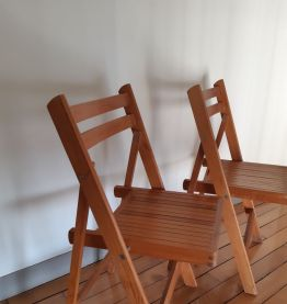 Lot de chaises pliantes en bois