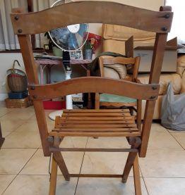 Chaise pliante avec poignée de transport