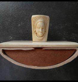 Tampon buvard à tête de femmes, en ivoire 1920/30.  (Ivoire