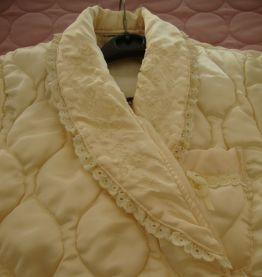 Ancienne robe de chambre  satinée 42/44