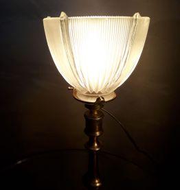 LAMPE  CALICE 1930  LAITON  tulipe verre moulé tres épaise