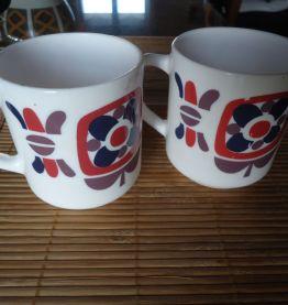2 mugs vintage publicité Mobil