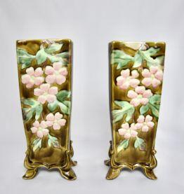 Paire de vases fleuris