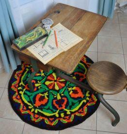 Tapis ethnique rond et coloré en Laine