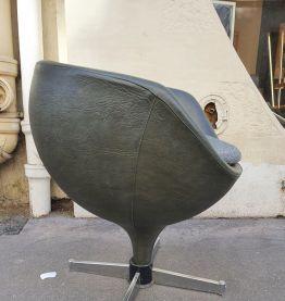"""Pierre Guariche Fauteuil """" Luna """"  Circa 1960"""
