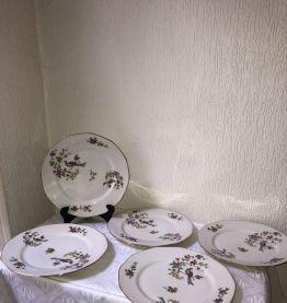 Lot de 5 assiettes en porcelaine «pâtes et émaux de Limoges