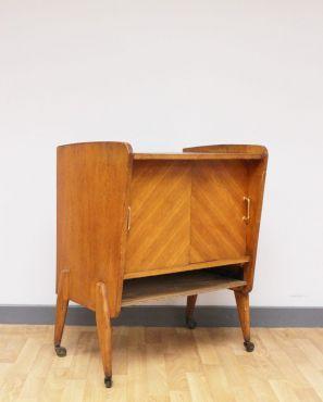 Range vinyles vintage ou meuble bar à roulettes
