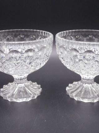 2 coupelles en cristal