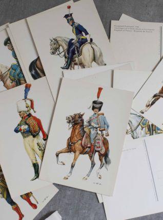 "lot de cartes postales thème ""les uniformes"""