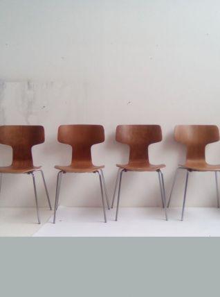 Suite de 6 chaises Hammer 3103 Arne Jacobsen