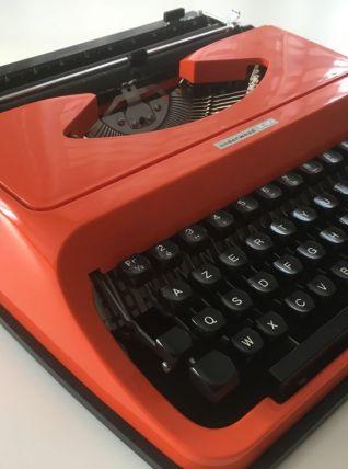Machine à écrire vintage orange Underwood 130