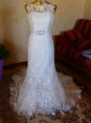 Robe de mariée en dentelle LA SPOSA