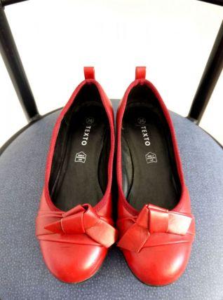 Ballerine à petit talon sandale rouge noeud cuir Texto