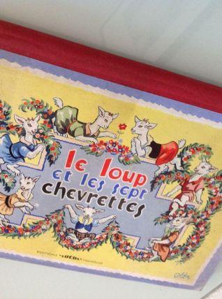 Enfantina / POP UP / Le loup et les 7 chevrettes/ illust. Gi