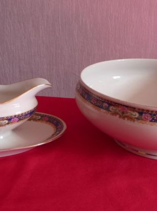 Soupière et saucière en porcelaine