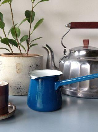 Ancienne cafetière turque émaillée bleue