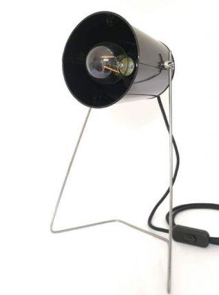 Lampe artisanale en acier et métal