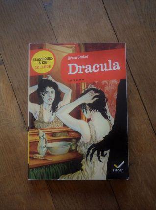 Dracula - Bram Stoker -Hatier - CLASSIQUES & CIE - Collège