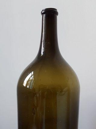 imposante bouteille 18 éme
